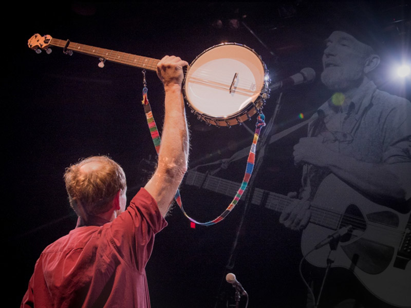 Q&A with Mark Hellman of The Incompleat Folksinger